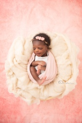 NEWBORN PHOTOSHOOT OLUFEMIPHOTOGRAPHY