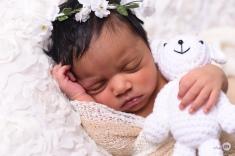 sleepy newborn photoshoot