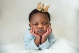 sleepy newborn king olufemiphotography
