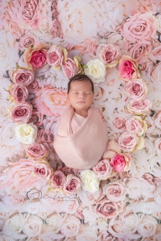 newborn flower photoshoot olufemiphotography