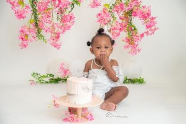 FLOWER CAKE SMASH